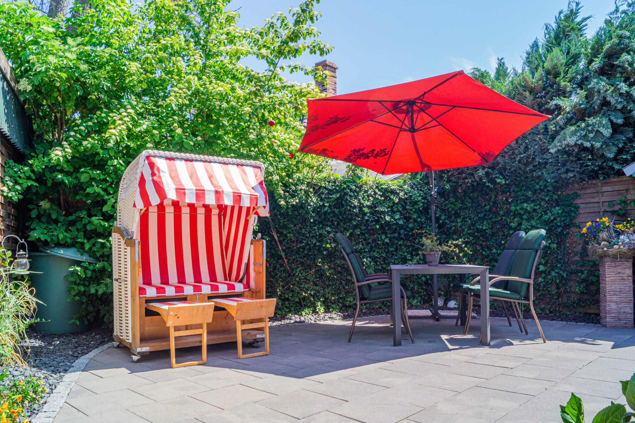 Terrasse mit Platz für Sommergrillabende
