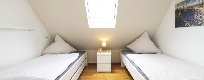 2. SZ mit 3 Betten 90x200 [Stapelbett]